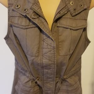 Maurices zip up Taupe vest